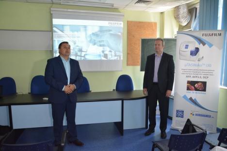 HUMANAMED Oradea a devenit unicul laborator din ţară dotat cu un analizor pentru depistarea precoce a cancerului de ficat (FOTO)