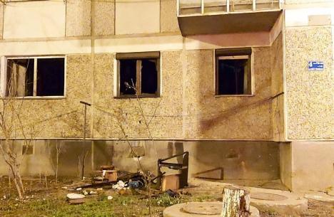 Incendiu într-un bloc din Oradea. Un bărbat a fost găsit în stop cardio-respirator