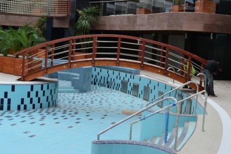 Închis pentru... deschidere! Noul Aquapark va fi deschis abia către final de sezon şi la preţuri nepopulare (FOTO)