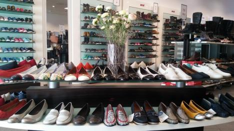 E PrimăvARA ta! În luna femeii, ara shoes vă aşteaptă cu reduceri speciale (FOTO)