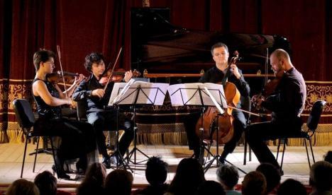 Orădenii, invitaţi la concertul Cvartetului Arcadia şi recitalul Cvintetului de alămuri al Filarmonicii 'Transilvania' din Cluj-Napoca