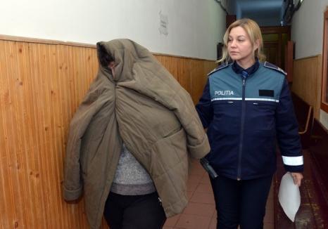 Universitara prinsă cu şpagă, Viorica Banciu, a fost arestată