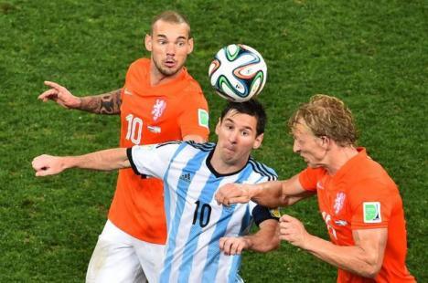Finala Cupei Mondiale de Fotbal se joacă între Argentina şi Germania