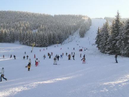 Weekend cu distracţii în zăpadă la Arieşeni