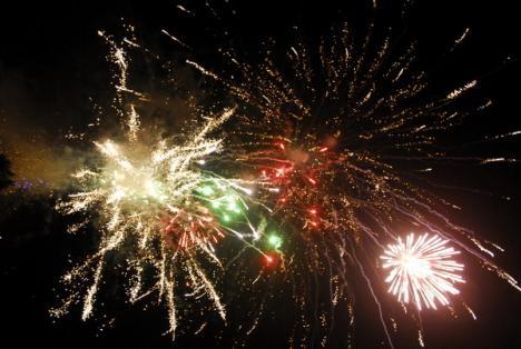De Revelion, Primăria cheamă orădenii în Piaţa Independenţei