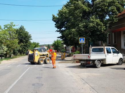 Se încheie modernizarea. Calea Bihorului va fi asfaltată săptămâna aceasta