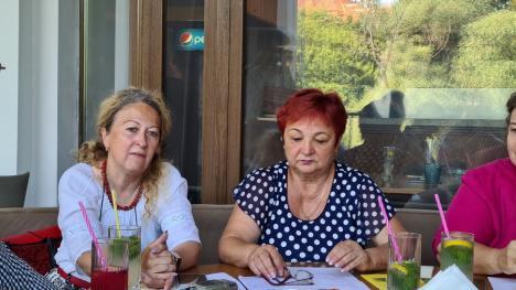 Peste 450 de profesori din ţară şi din străinătate se adună în Bihor, la primul congres al dascălilor găzduit de judeţul nostru după 84 de ani (FOTO)