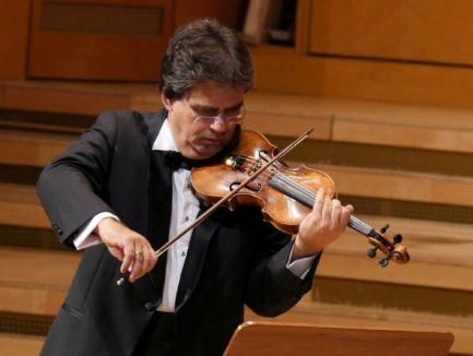 Concert online al Filarmonicii din Oradea. Gabriel Croitoru cântă pe vioara lui George Enescu