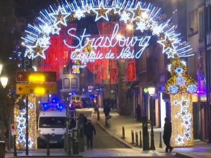 Atac armat la Târgul de Crăciun de la Strasbourg: Cel puțin patru persoane au murit, 11 au fost rănite (VIDEO)