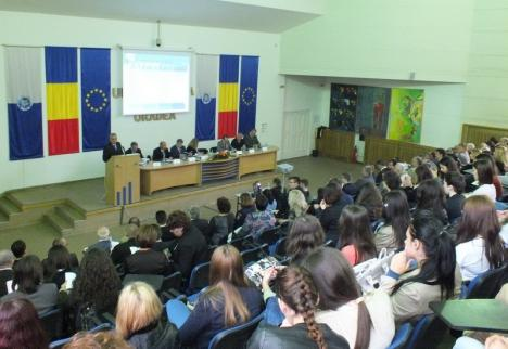Europa la 'spargerea lumii': Conferinţe despre evenimentele din 1918, inclusiv Declaraţia de la Oradea, la Universitate