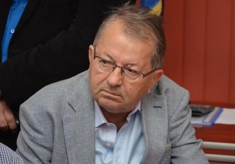 Aşa fiu, aşa tată: Fostul prefect PSD Aurel Tărău îşi deschide benzinărie!