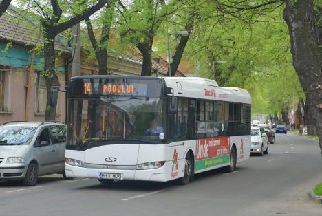 Șapte adolescenți din Oradea, la poliție, după ce au bătut un șofer OTL. Bărbatul le-a cerut să își pună masca de protecție și a ajuns la spital