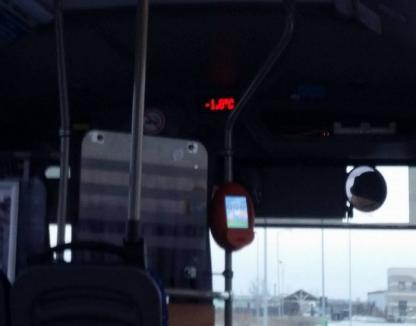 Îngheţ marca OTL. Călătorii se plâng de temperaturi cu minus în autobuzele din oraş