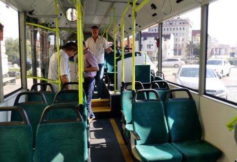 Linia de autobuz 12, deviată din cauza unor lucrări