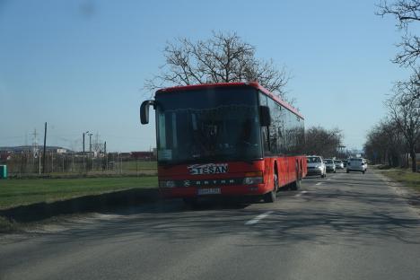 Noi reguli în transportul de persoane din Bihor. Consiliul Județean nu va mai lăsa firmele să facă scumpiri cum vor