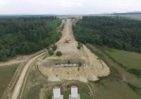 Poate aşa va fi gata! Beni Rus a primit spre construcţie două tronsoane din Autostrada Transilvania