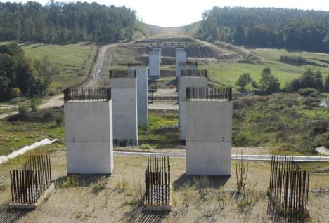 Prefectura anunţă: CNADNR a stabilit firmele care vor continua lucrările la Autostrada Transilvania în Bihor