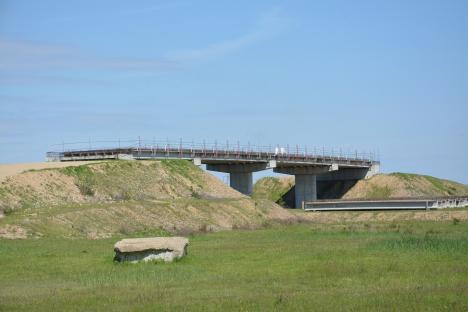 Licitația pentru reluarea lucrărilor la Autostrada Transilvania, contestată de Strabag pe unul dintre loturile câştigate de Selina