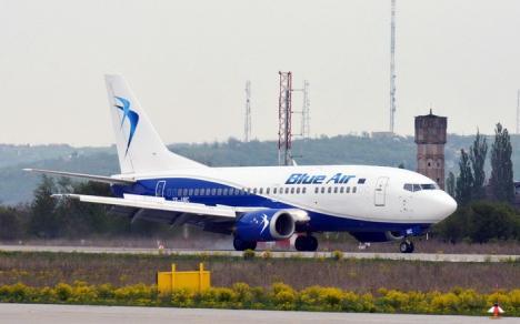 Un avion cu 100 de români a aterizat la Palermo, în loc de Catania: 'A pierdut altitudine şi se îndrepta în picaj spre mare'