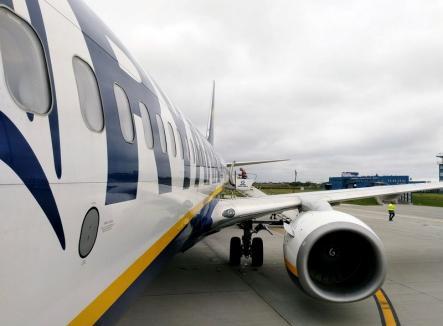 Aeronavele Ryanair care veneau de la Milano şi Memmingen nu au putut ateriza, sâmbătă seara, la Oradea. Avioanele vin duminică să preia pasagerii!