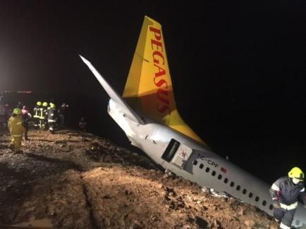 Avion aproape de prăbuşire în Marea Neagră, după ce a ajuns în… noroi (FOTO / VIDEO)