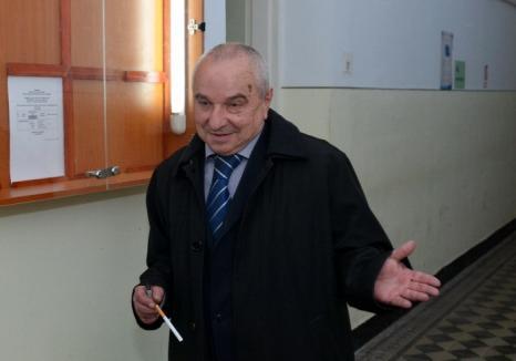 Încă un avocat orădean riscă să ajungă după gratii: Horia Chivari a primit 3 ani şi 2 luni de închisoare pentru trafic de influenţă