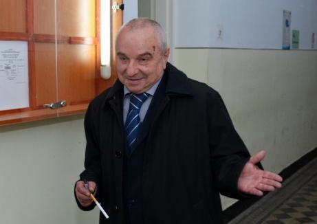 Avocatul orădean Horia Chivari, trimis din nou în judecată de DNA Oradea pentru trafic de influenţă