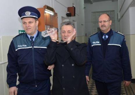 Condamnat pentru trafic de influenţă, avocatul Ioan Sava a fost exclus din Baroul Bihor