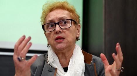 Avocatul Poporului a atacat la CCR noua lege a carantinei: contestă internarea obligatorie pentru 48 de ore
