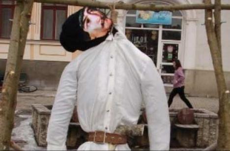 """""""Călăul"""" lui Avram Iancu, mutat disciplinar chiar """"acasă"""" la """"Crăişorul Munţilor"""""""