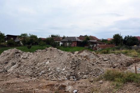 Garda de Mediu a obligat Primăria Oradea să cureţe azbestul din Cartierul Tineretului