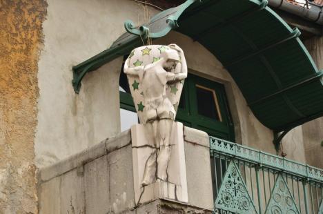 Meşterii în restaurări vor fi puşi la lucru în casa Darvas la Roche (FOTO)