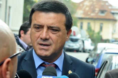 Un nou scandal în politică: Preşedintele executiv al PSD, acuzat că a lovit un deputat PNL la o nuntă