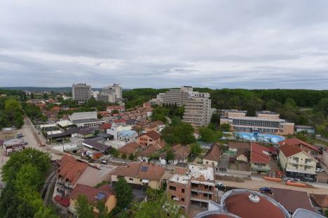 Covid-19: Cinci comune din Bihor, între care Sânmartin, nevoite să suspende activităţile HoReCa şi de divertisment în interior. Urmează Oradea...