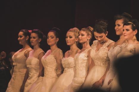 Bal vienez cu ţinute de gală şi balerini, la Teatrul Regina Maria (FOTO)