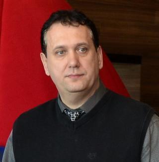 Conservator cu televizor: Şeful Antena 1 Oradea, Mihai Baneş, s-a vrut candidat