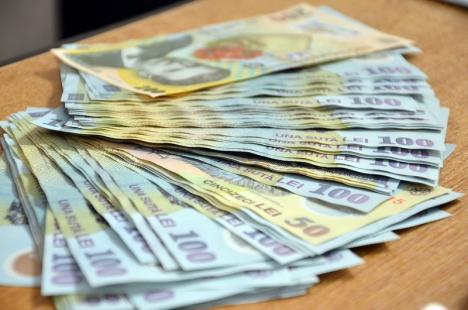 Peste 9.200 de bihoreni primesc banii pentru şomajul tehnic: AJOFM Bihor a virat peste 5 milioane de lei către firmele care au suspendat activitatea