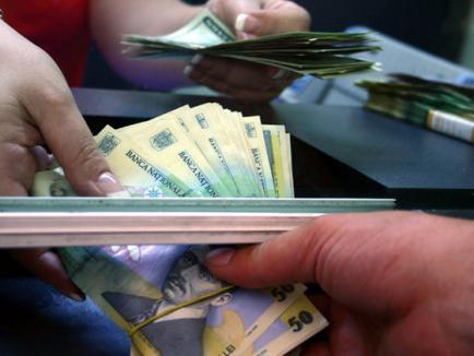 În prag de An Nou, Guvernul colindă cu Ordonanţa! Ce prevede OUG 114, care introduce 'taxa pe lăcomie', schimbă codul fiscal şi alte 15 legi