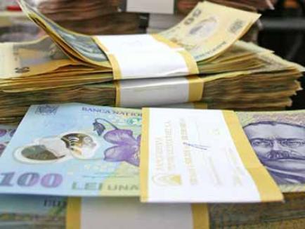 Doi fraţi din Beiuş au tras un tun de peste 500.000 lei statului, falsificând documentele mărfurilor importate