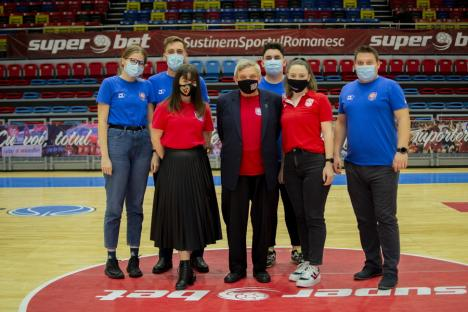 Baschet: Victorie clară cu Dinamo şi locul 2 pentru CSM CSU Oradea (FOTO)