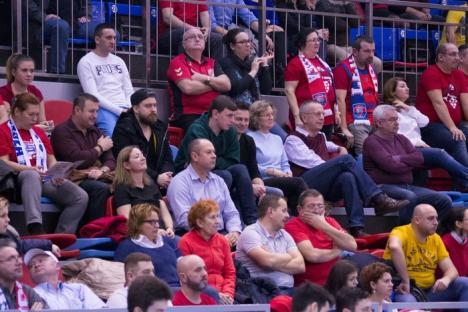 Succes facil pentru baschetbalişti: CSM CSU Oradea a învins Dinamo cu 104-65 (FOTO)