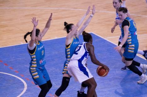 O victorie şi o înfrângere pentru Universitatea CSM Oradea în jocurile de pe teren propriu de sâmbătă şi luni (FOTO)