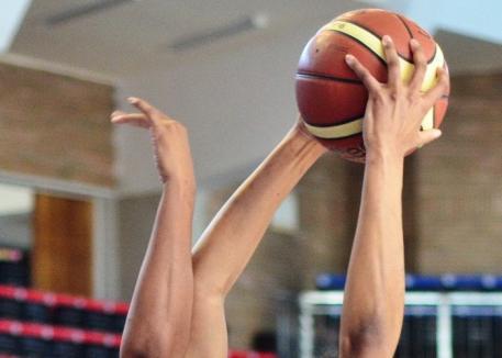 Echipele orădene de baschet fete U14 şi U16 şi-au aflat adversarele din semifinalele Campionatului Naţional