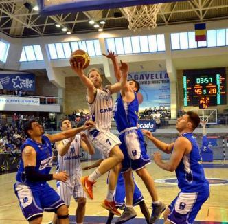Orădenii au învins Otopeniul şi s-au calificat în play-off-ul Campionatului Naţional de baschet! (FOTO)