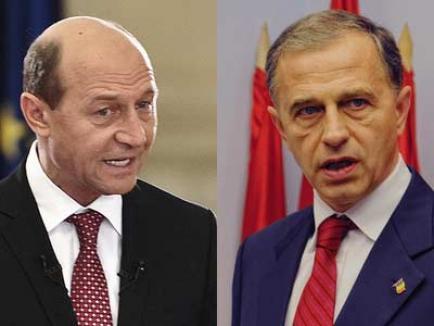 """Băsescu către PSD-işti: """"Nu mă faceţi să dau drumul la dosare!"""""""