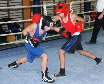 Pugiliştii de la Basti Box Salonta şi-au început evoluţiile în noul an cu o competiţie în Ungaria, la Debrecen