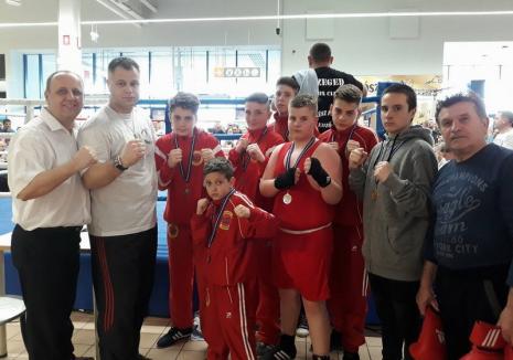 Patru succese pentru pugiliştii de la Basti Box Salonta la Cupa Tesco din Ungaria