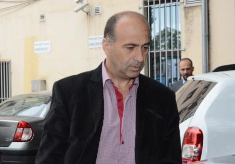 Fostul şef al Postului Pietroasa, Gheorghe Bat, judecat pentru corupţie, a murit în urma unui accident cerebral