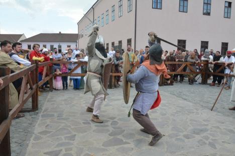 Bătaie în Cetatea Oradea: Ce evenimente vor fi duminică, la Festivalul Medieval (FOTO / VIDEO)