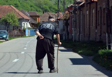 Ministrul Muncii: De la 1 septembrie, pensiile cresc cu aproximativ 15%